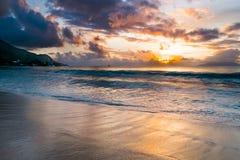 Заход солнца на Сейшельских островах Стоковое Изображение RF