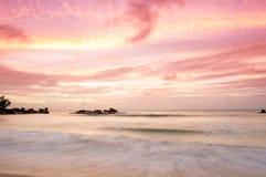 Заход солнца на Сейшельских островах стоковые фотографии rf