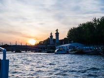 Заход солнца над Сеной, Парижем Стоковые Фото
