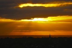 Заход солнца над Суррей после шторма Стоковое Фото