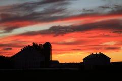 Заход солнца на ферме Стоковое Изображение