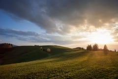 Заход солнца на холмах в черном лесе, Германии Стоковая Фотография