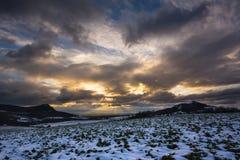 Заход солнца на чехословакских центральных горах стоковое изображение rf