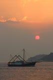 Заход солнца над Cheung Chau Стоковое Изображение