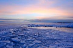 Заход солнца на Gulf of Finland, Санкт-Петербурге, России Стоковая Фотография RF
