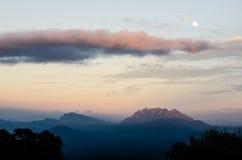 Заход солнца на Huai Nam Dang Таиланде Стоковая Фотография RF