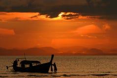Заход солнца на Koh Ngai Стоковые Изображения RF