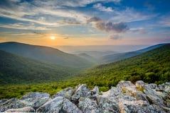 Заход солнца над Shenandoah Valley и горами голубого Риджа от Стоковая Фотография RF
