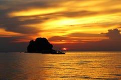 Заход солнца на tekek, tioman, Малайзии Стоковое Изображение RF