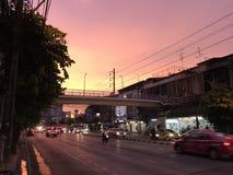 Заход солнца оживленной улицы Стоковое фото RF