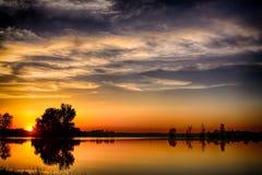 Заход солнца озера стоковое фото rf