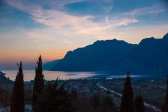 Заход солнца озера Garda Стоковая Фотография RF