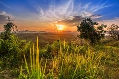 Заход солнца от холма Стоковое Изображение