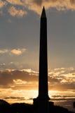Заход солнца Парижа на обелиске стоковые изображения rf