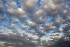 заход солнца пасмурного неба Стоковое фото RF