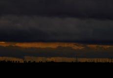 Заход солнца перед дождем Стоковые Фотографии RF