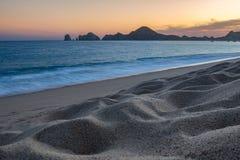 Заход солнца песчаного пляжа Стоковое Изображение