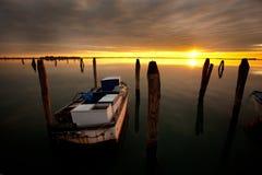 Заход солнца портовым районом Стоковые Фотографии RF