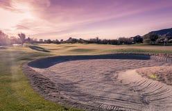 Заход солнца поля для гольфа пустыни Аризоны высококачественный Стоковые Фотографии RF