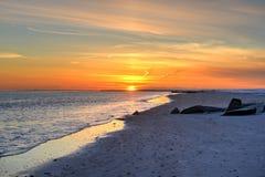 Заход солнца пляжа Брайтона и острова кролика стоковая фотография