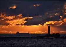 заход солнца пляжа золотистый Стоковая Фотография RF