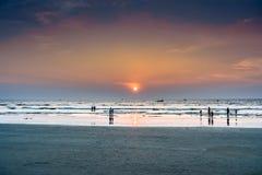 Заход солнца пляжа Goa Стоковое фото RF