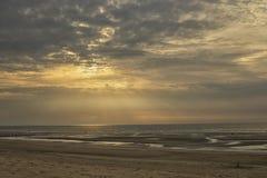 Заход солнца солнечных лучей Стоковые Фото