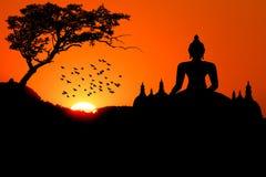 Заход солнца с Буддой Стоковое Изображение