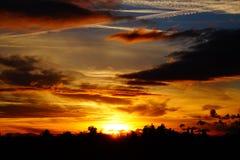 Заход солнца с изумительными облаками Стоковое Изображение RF