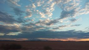 заход солнца дюн Дубай пустыни стоковая фотография