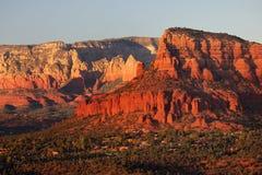 Заход солнца, Butte часовни, Sedona, AZ Стоковое Изображение RF
