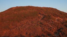 Заход солнца Dume пункта Malibu воздушный видеоматериал