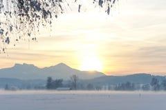 Заход солнца III поля Snowy высокогорный Стоковое Изображение RF