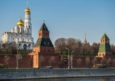 заход солнца kremlin moscow стоковое фото