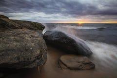 Заход солнца Lake Superior стоковые фото