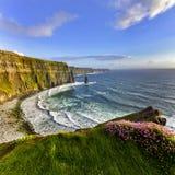 заход солнца moher co Ирландии скал clare clare Стоковые Фото
