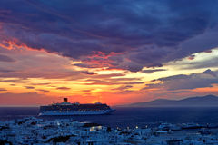 Заход солнца Mykonos Стоковая Фотография