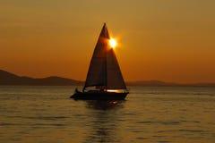 заход солнца sailing Греции Стоковая Фотография RF