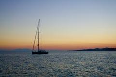 заход солнца sailing Греции Стоковые Фотографии RF