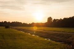 Заход солнца, Schlosspark Buch Стоковые Изображения