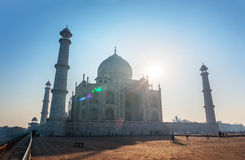 Заход солнца Taj Mahal Индии стоковая фотография rf