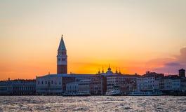 заход солнца venice Италии Стоковое Изображение