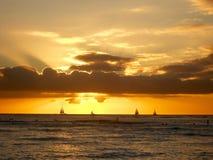 Заход солнца Waikiki Стоковые Изображения