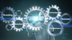 Зацепите при ключевое слово, клеймя, решение, клиенты, кампания, успех, ` КОРПОРАТИВНОЙ СТРАТЕГИИ ` касающего экрана киборга робо иллюстрация вектора