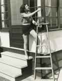 Зацеплять вверх работы по дому выходных стоковые фото