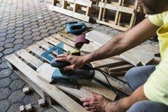 Зашкурить древесина после пилить Стоковое Изображение RF