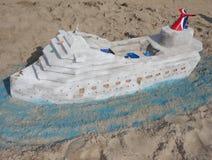 Зашкурьте скульптуру на пляже острова кролика во время состязания 27th ежегодного песка острова кролика ваяя Стоковые Фото