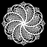 Зашнуруйте вокруг бумажного doily, кружевной снежинки, приветствуя элемент, шаблон для резать прокладчика, круглой картины, шабло Стоковое Изображение