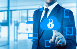 Защитите концепцию данным по данным по облака Безопасность и безопасность данных по облака Стоковая Фотография