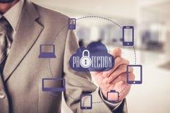 Защитите концепцию данным по данным по облака Безопасность и безопасность данных по облака Стоковые Фотографии RF